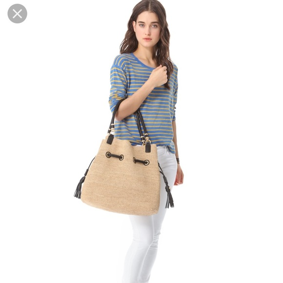 aeff70e8542e Annabel Ingall straw handbag. Like new